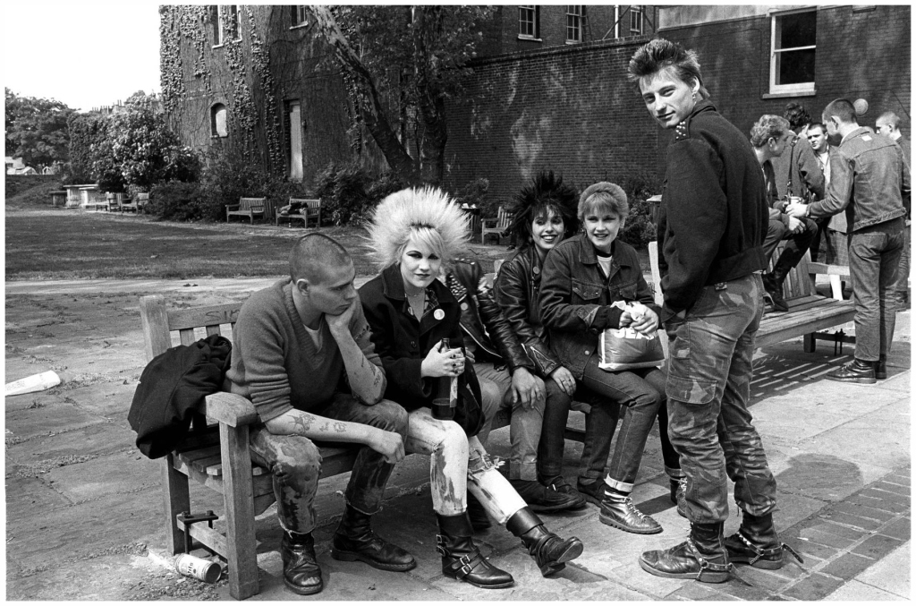 photo-janette-beckman-punks-worlds-end-london-1978