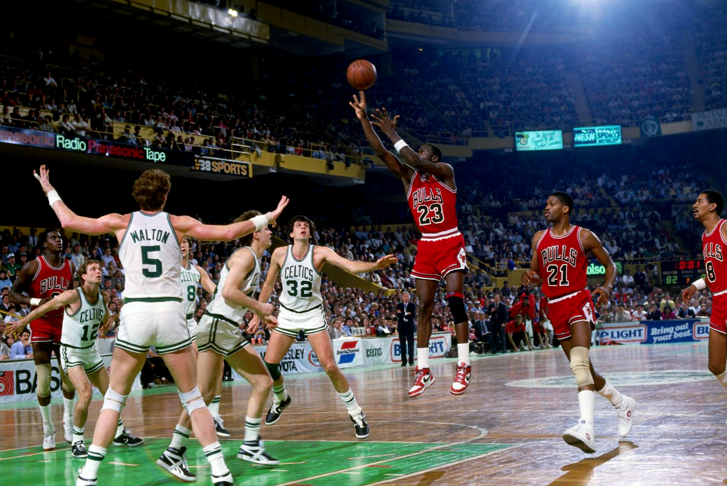 michael-jordan-1986-playoffs-air-jordan-1-63-points